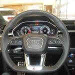 Audi Q3 SPB 35 TDI S tronic S line edition: dettaglio volante in pelle