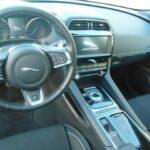 Jaguar F-Pace 2.0 250 CV AWD aut. R-Sport dettaglio interno